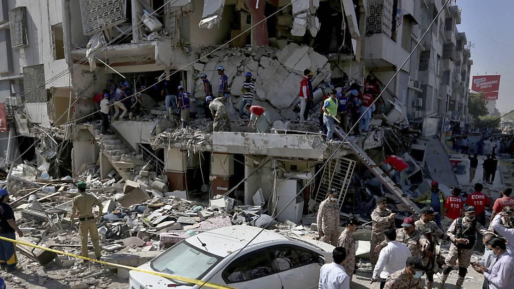 Tote und Verletzte bei Explosion in pakistanischer Metropole Karachi