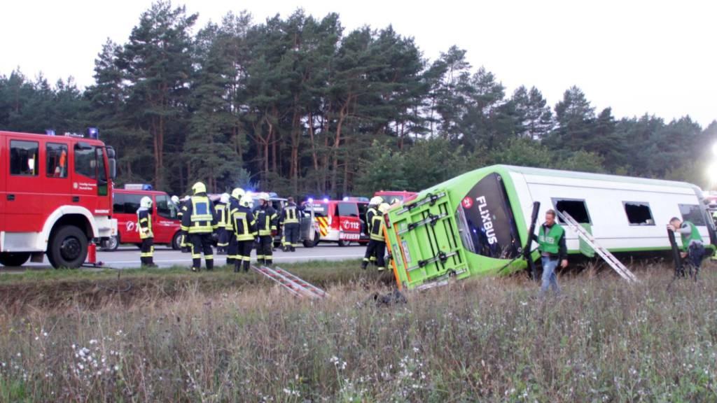 31 Verletzte bei Flixbus-Unglück in Mecklenburg-Vorpommern
