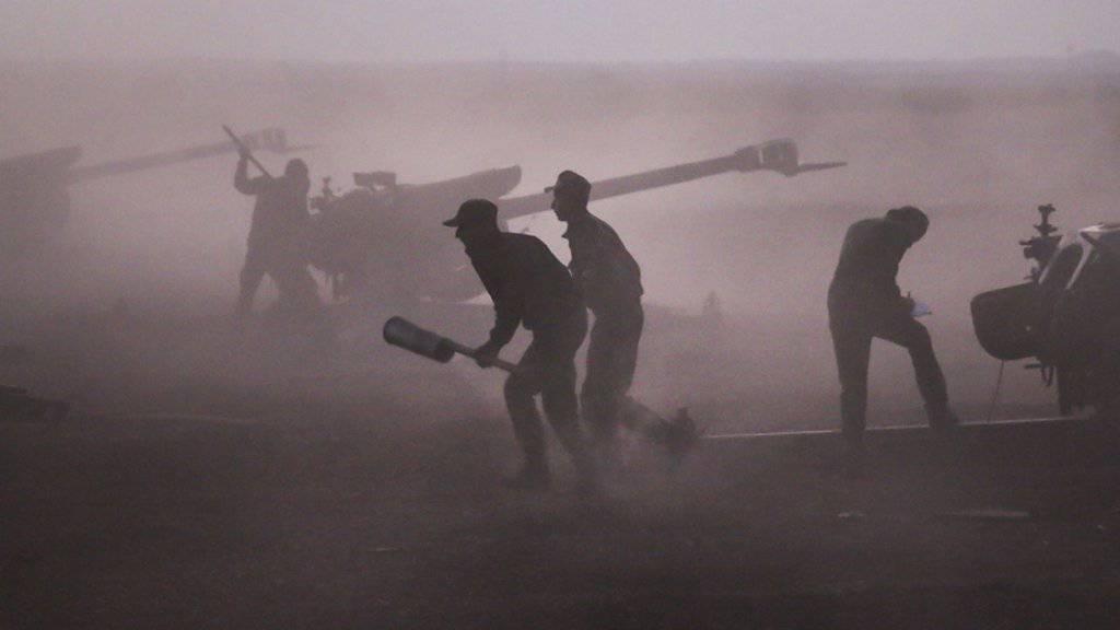 Die syrische Armee ist in die Provinz Rakka vorgerückt. (Archiv)