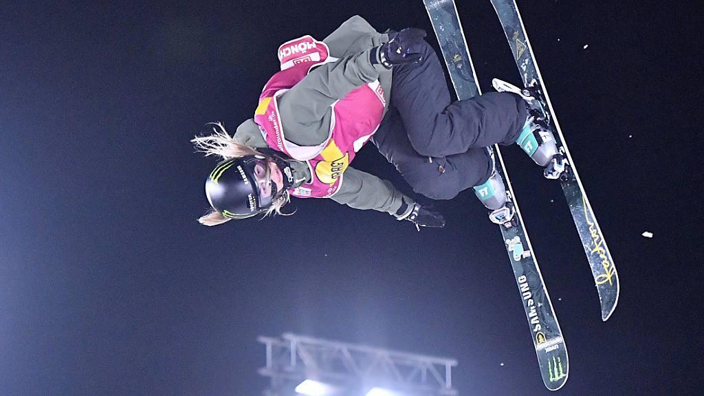 Giulia Tanno fliegt beim Nacht-Event in Kreischberg dem Sieg entgegen