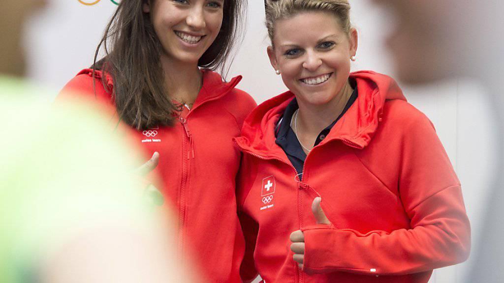 Die beiden Schweizer Olympia-Golferinnen Albane Valenzuela (links) und Fabienne In-Albon