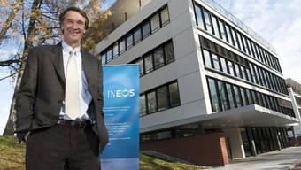 James Arthur Ratcliffe (65) 2010 bei der Eröffnung des Sitzes in Rolle am Genfersee. Bilder gibts vom medienscheuen neuen Lausanne-Besitzer nur sehr wenige.