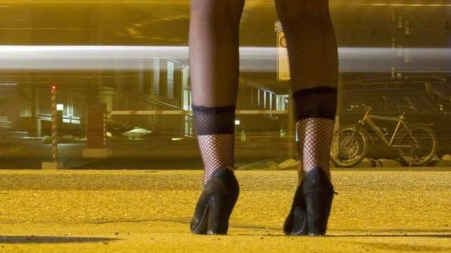 Stadt stellt für Prostituierte auf dem Sihlquai Toiletten auf (Archiv)