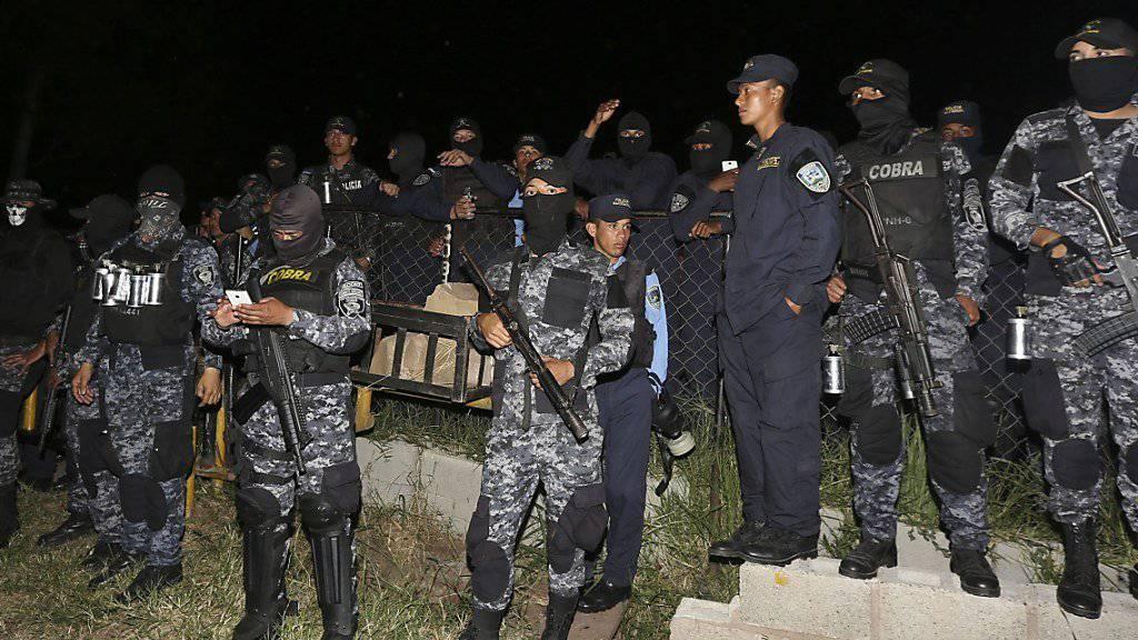 Polizisten in Honduras verweigern den Dienst: Sie wollen in der Wahlkrise nicht gegen Demonstranten vorgehen.