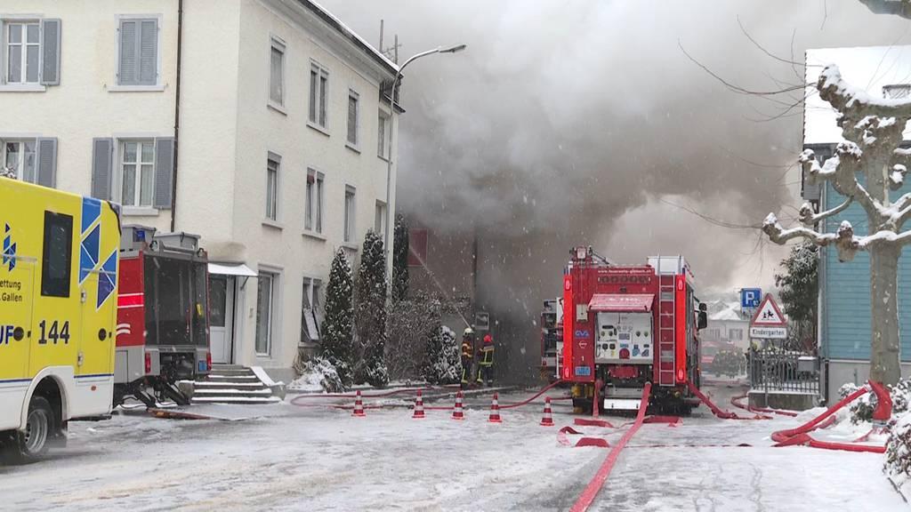 Feuer in Rorschach (SG): Haus unbewohnbar - mehrere 100'000 Franken Sachschaden