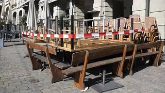 Keine Gäste, kein Einkommen, aber trotzdem ein fälliger Mietzins: Restaurantbesitzer litten besonders unter dem Lockdown. (Archivbild)