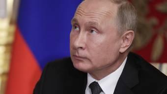 Um seine Popularität wieder etwas anzuheben, müsste er sich einen neuen Krieg einfallen lassen: der russische Präsident Wladimir Putin.