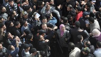 In Tunesien sind Demonstranten auch mit der Übergangsregierung nicht zufrieden (Symoblbild)