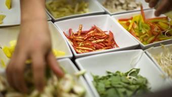 Volksinitiative: Vegan kochen soll zur Pflicht werden