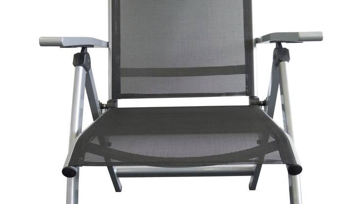 Der Sessel Sevilla (Artikelnummer 7532.742) wurde zwischen 2010 und 2012 in Do it + Garden und in einigen Micasa Filialen verkauft.