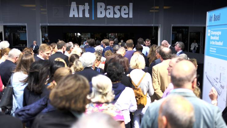 Wir haben verschiedene, teils recht verrückte, Menschen an der Art Basel getroffen.