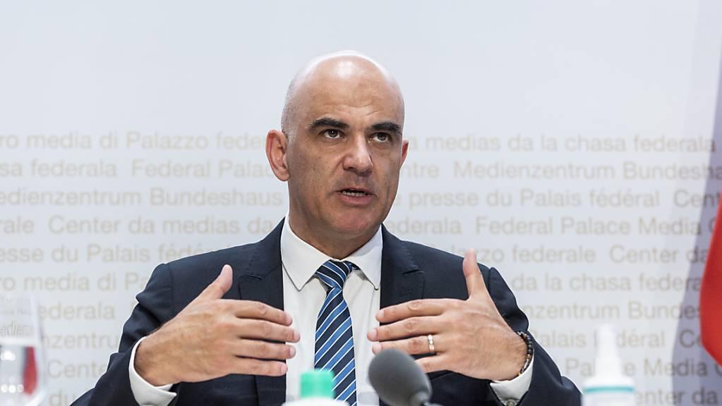 Laut Bundesrat Alain Berset wird die Schweiz eine vierte Corona-Welle nicht verhindern können. (Archivbild)