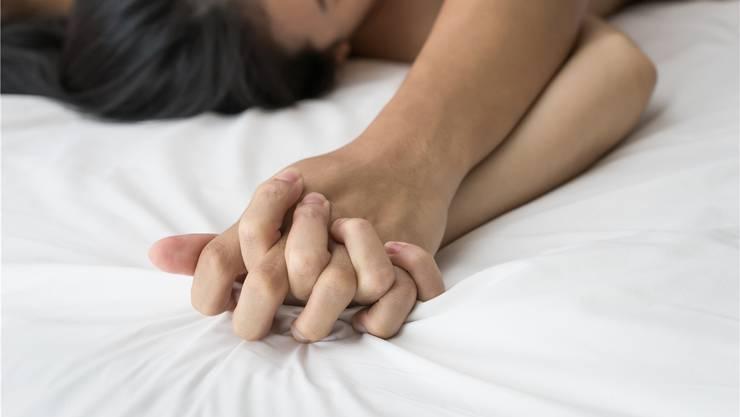 frau und mann beim sex