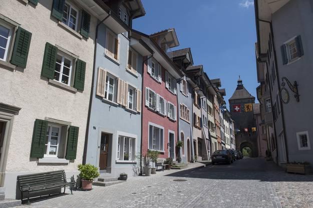 Die Obere Wasengasse führt aus der Altstadt zum Wasenturm.