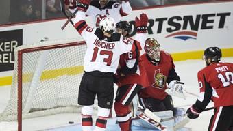Nico Hischier trifft zum 3:0 gegen die Ottawa Senators