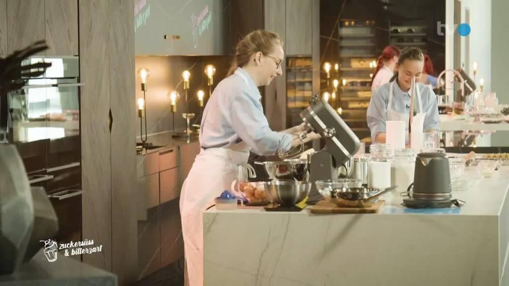 Ladina & Ronja gegen Patricia & Brigitte