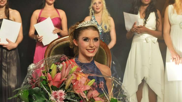 Die 20-jährige Samira Fracassa aus Selzach wurde zur Miss Solothurn 2011 gekürt.