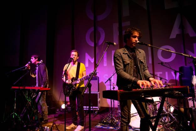 Tahiti 80 ist die letze Band des One of a Million Festivals