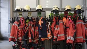 Bei einem Brand auf einer Dachterrasse in Hombrechtikon ist ein Sachschaden von mehreren zehntausend Franken entstanden. Die Brandursache ist noch nicht geklärt. (Symbolbild)