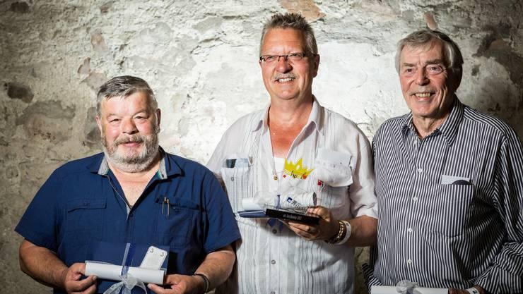 Die drei besten az-Jasser im Fokus: Thomas Hollinger gewann vor Ullrich Heinze (2. Platz, rechts) und Kurt Koch (3. Platz, links)