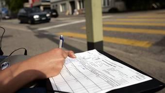 Die Fahrzeuge werden nach Kategorien registriert. (Archiv)