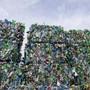 Mehr als 60 Prozent des Plastikmülls wird im Ausland gekauft.