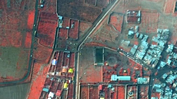 Ein Luftbild der Absturzstelle nach dem Absturz der eines ukrainischen Passagierflugzeugs im Iran. Über die Unglücksursache ist ein Streit entbrannt.