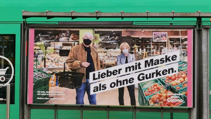 «Lieber mit Maske als ohne Gurken»: Staatsschreiber Marco Greiner erklärt, was die Kampagne aussagen soll.