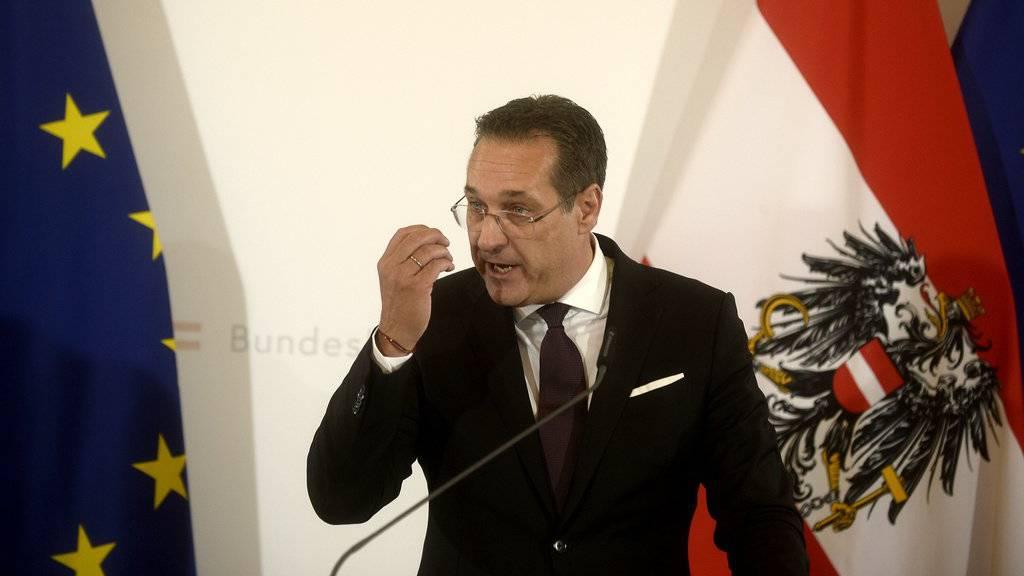 Heinz-Christian Strache muss sich heute vor der Regierung verantworten.