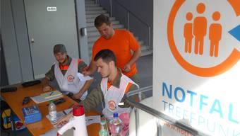 Am Notfalltreffpunkt, wie hier in Dietwil, kann die Bevölkerung bei einem Grossereignis Informationen und Hilfe beschaffen.