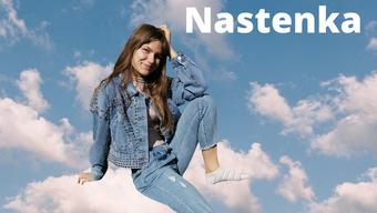 Die Single ist an Nastenkas Leben angelehnt.