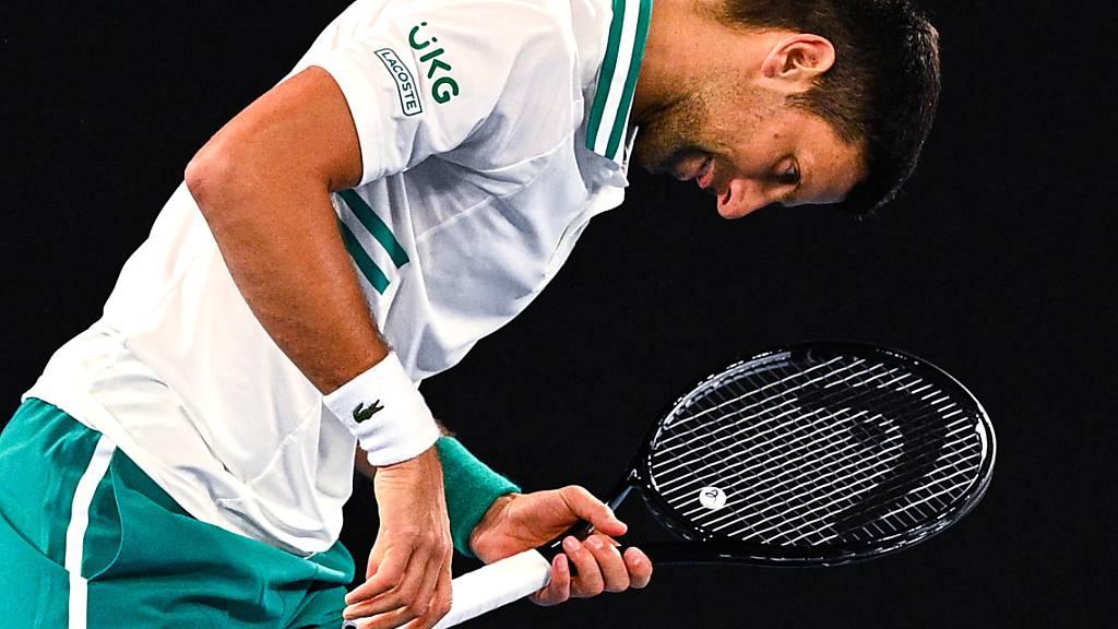 Novak Djokovic nicht hundertprozentig fit, aber weiter in Melbourne siegreich