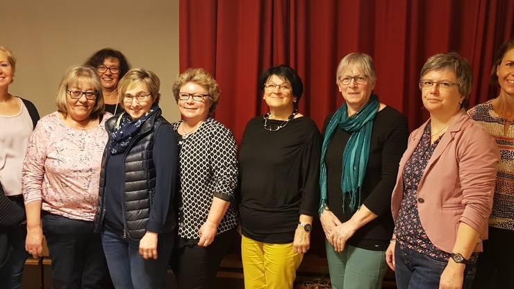 Pia Wyser, Irène Bitterli, Mechtild Storz Fromm, Gaby Kuhn, Erika Fuchs, Ursula Meier, Rita Meier, Barbara Schär und Regula Hermann (v.l.n.r.)