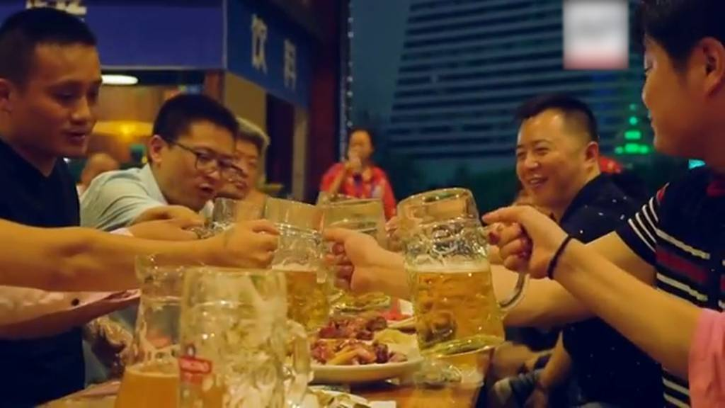 Keine Angst vor Corona: China feiert munter «Oktoberfest»