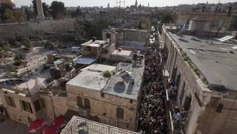 Blick auf die Altstadt von Jerusalem: Die Sargdeckel wurden in einem Geschäft in der Altstadt Jerusalems gefunden (Symbolbild)