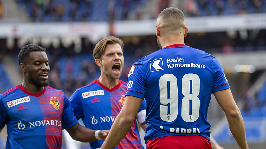 Valentin Stocker schreit seine Freude heraus.