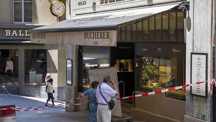 Die Täter griffen am helllichten Tag in der Innenstadt von Lausanne zu.