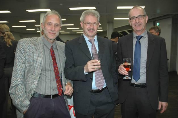 Rolf Niederhauser, Rektor Berufs- und Weiterbildungszentrum Brugg; Kurt Schmid, Präsident des Aargauischen Gewerbeverbands und  Paul Stalder, Geschäftsführer Stiebel Eltron AG.