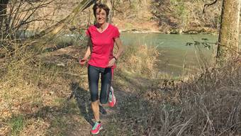 CVP-Nationalrätin Ruth Humbel bei ihrem Hobby, dem Laufen im Wald.