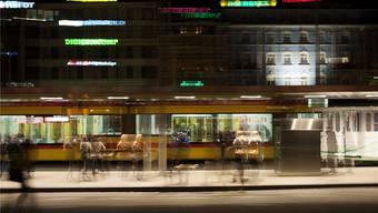 Die Sommerhitze verbog die Tramgleise zwischen den Haltestellen Bahnhof SBB und Peter Merian