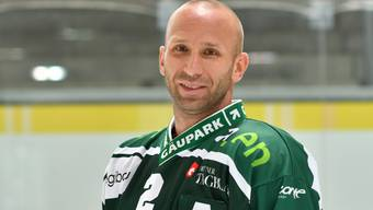 EHCO-Verteidiger Reto Kobach wird für den Check an Nicola Thibaudeau für vier Spiele gesperrt