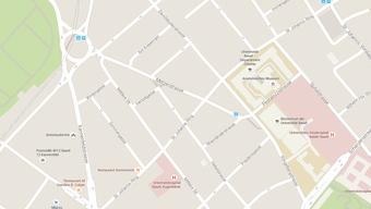 Der Brand brach gegen 0.30 Uhr in einem Mehrfamilienhaus am St. Johanns-Ring aus.