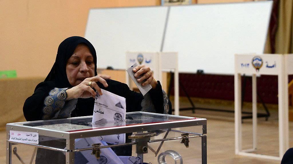 Stimmabgabe in Kuwait (Archiv)