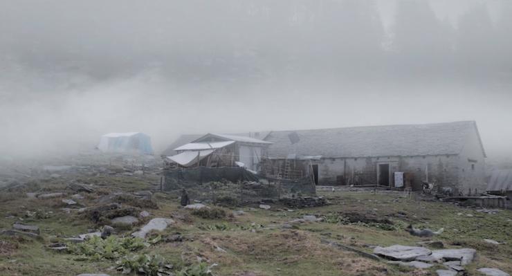 Das Wunschbild des Regisseurs: die Alpe d'Arena im Tessiner Onsernonetal, wo ein Blitzschlag alles ändern kann.