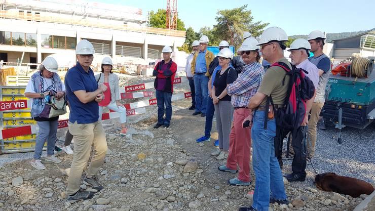 Jürg Bischof führte die SVP Wettingen gekonnt durch die Baustelle des neuen Tägi