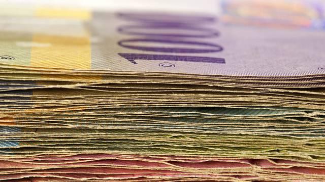 Der Schweizer Franken ist laut Unia zu stark (Symbolbild)