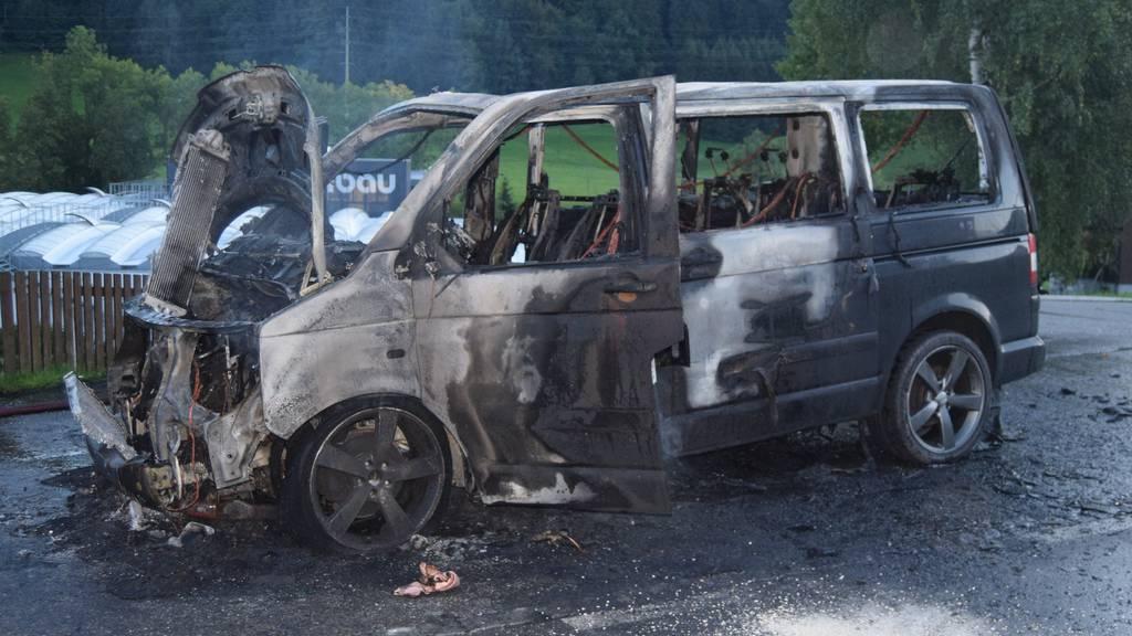 In Bühler zerstörte ein Feuer ein Auto