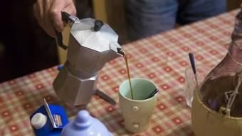 818 Schüler tranken mindestens ein Kaffee-Getränk am Tag.