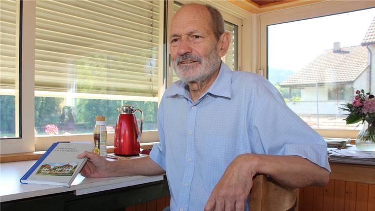 Zu Hause sagt Historiker Max Baumann, wie das jüngste Buch entstand. LP