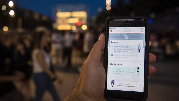 Bei der Nutzung der Schweizer Corona-App muss der Datenschutz gewährleistet sein.